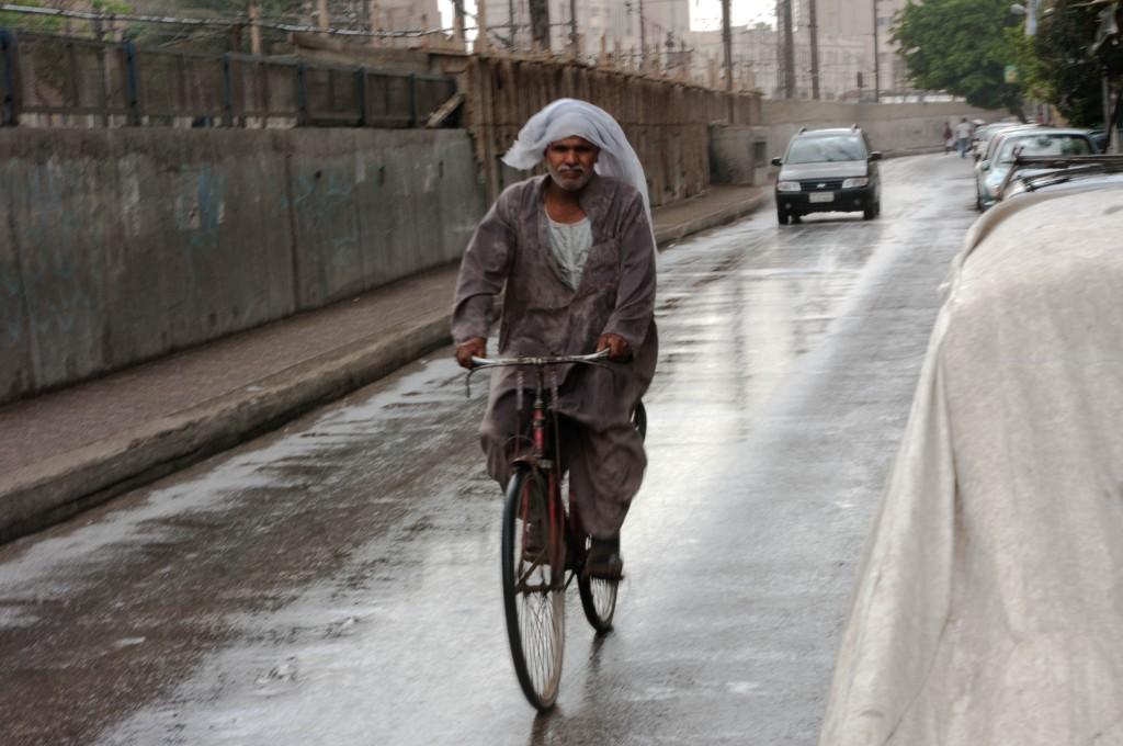 cairo,rain,bicycle,bike,photography