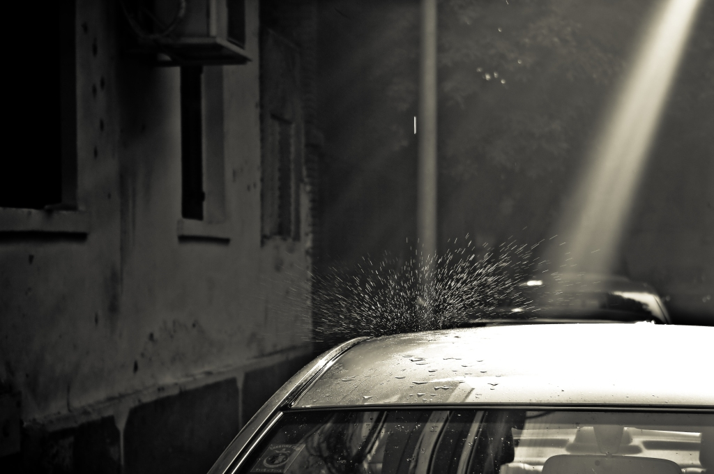 photography,cairo,egypt,manial,shaft of light,drop,car