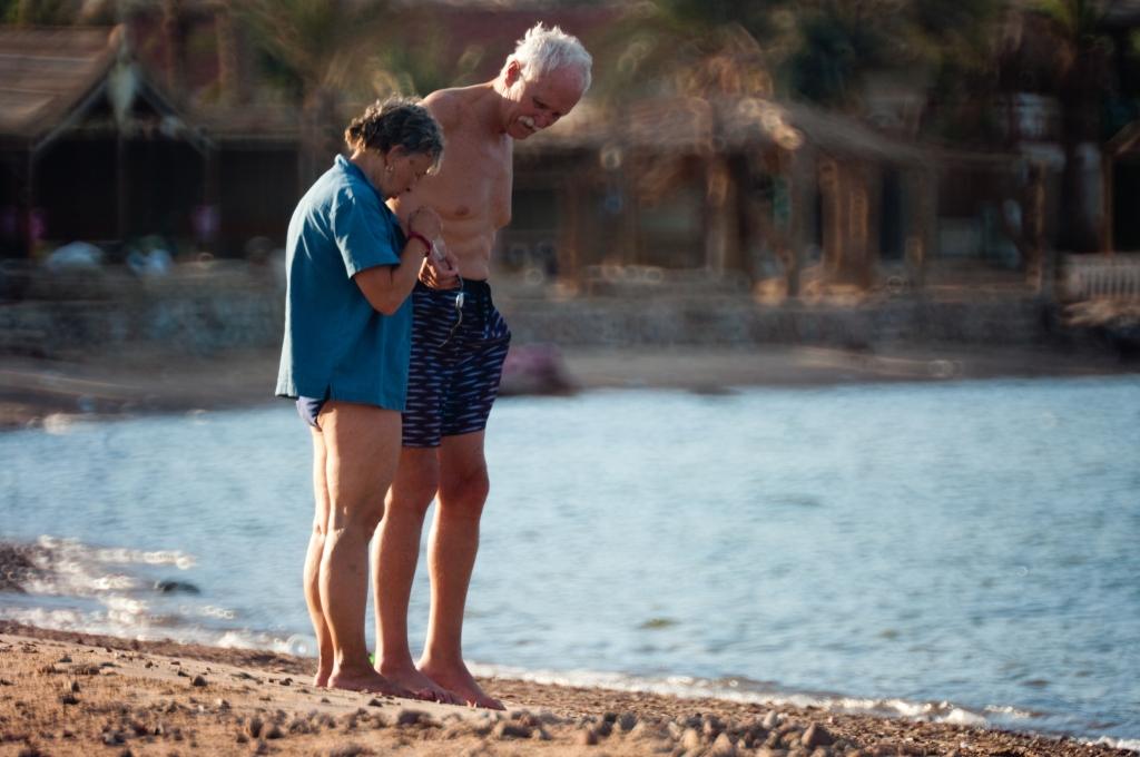Sinai, Egypt, Nouweiba, old couple, love, photography