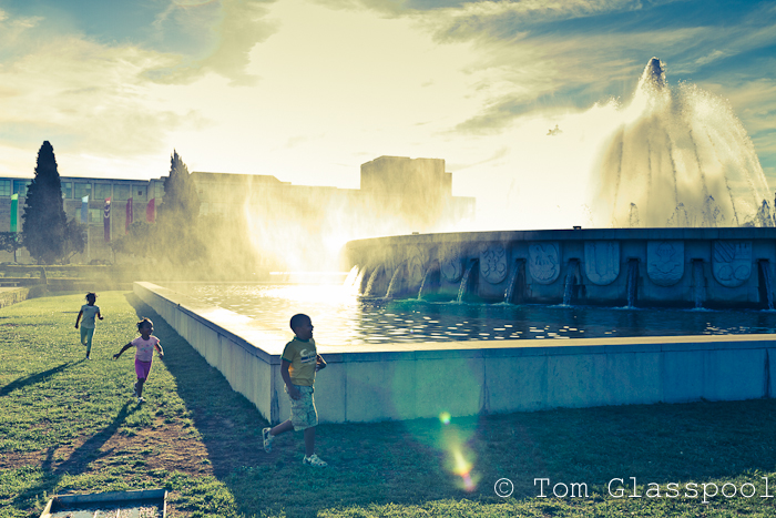 Street Photography, Photo, Lisbon, Portugal, Belem, Fountain, Children, Shadows, Cross-process
